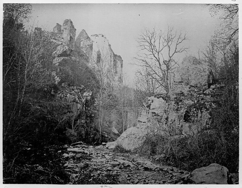 Vue du sanctuaire Notre-Dame de Dusenbach, ruines de la chapelle, Ribeauvillé, d'après A. Braun (1863-1868), cop. D. A., 1911. DKM 269A005-004 - Denkmalarchiv