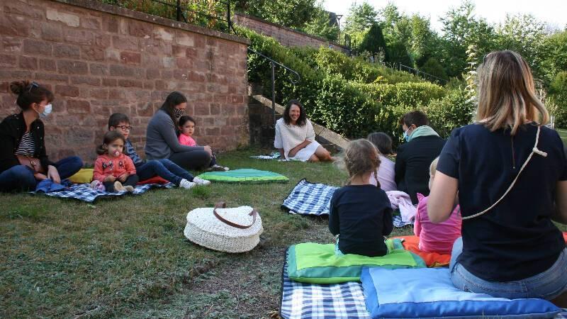 « Livres invisibles ». Présentation des livres et jeux d'artistes en présence de l'actrice Caroline Chaudré avec le Centre de créations pour l'enfance - Maison de la poésie de Tinqueux à Bitche, le 19/09/2020