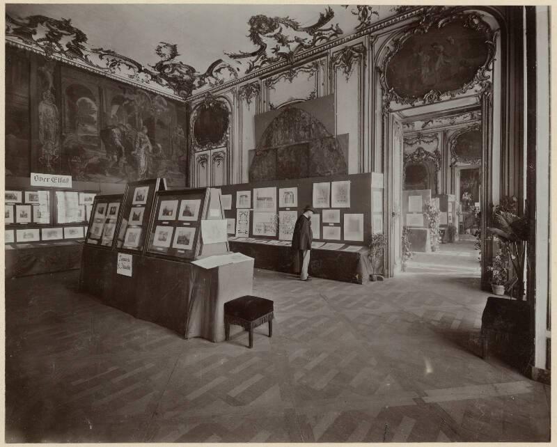 Exposition de 1905 au palais Rohan, salle consacrée au Haut-Rhin. ICO 482B039-494-01 - Denkmalarchiv