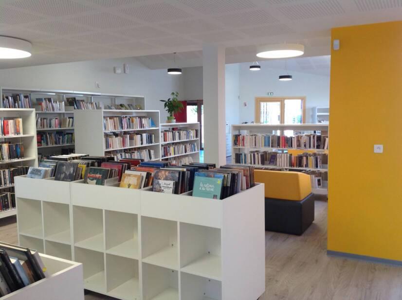 Médiathèque de Saint-Brice Courcelles (Marne) - Vue intérieure