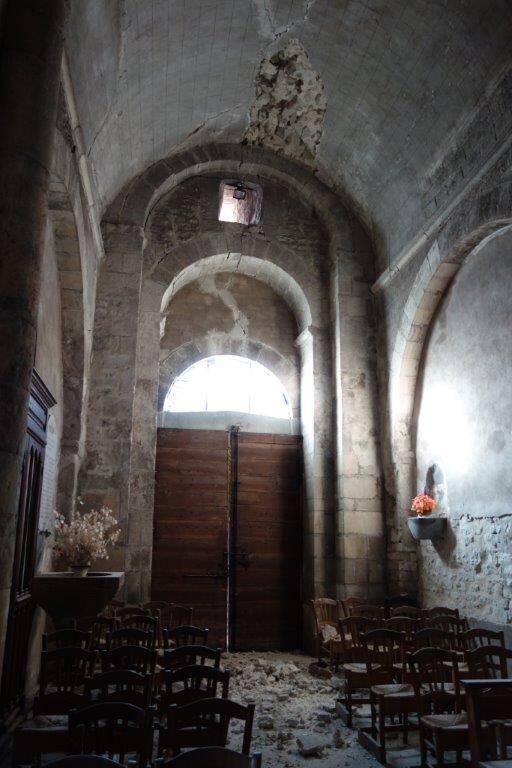 Le Teil - église de Saint-Etienne de Mélas - vue intérieure