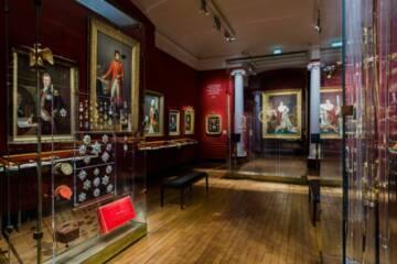 Salle de la Légion d'honneur. Musée de la Légion d'honneur et des ordres de chevalerie. © Chrystèle Lacène