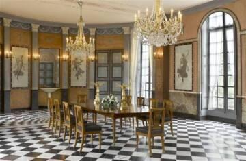 Château de Malmaison : la salle à manger Photo (C) RMN-Grand Palais (musée des châteaux de Malmaison et de Bois-Préau) / Franck Raux