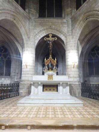 Christ en croix, attribué à François Girardon, église Saint-Rémy de Troyes, vue générale © Emilie Malassenet