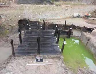 Vue d'un bassin ayant servi au rouissage du chanvre (XVe-XVIIe s.) Troyes «Planche Clément» (Aube) 2019