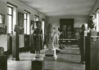 Vue des anciennes salles du musée Guimet, art khmer, années 1930, MNAAG Paris, Distr. RMN-Grand Palais / image musée Guimet