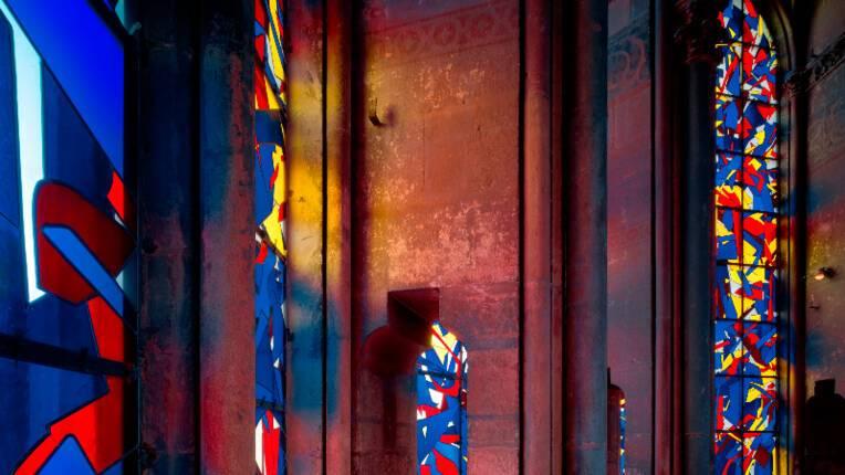 Création de vitraux : une commande publique à Imi Knoebel pour la cathédrale de Reims