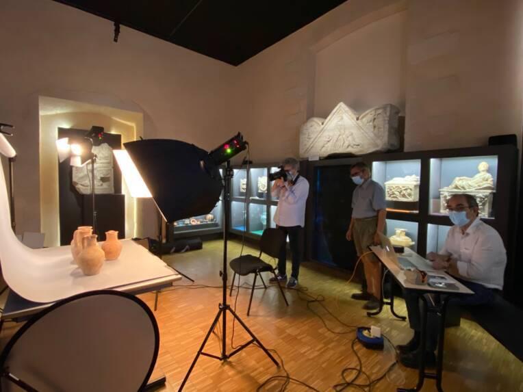 Musées de Marseille, prise de vue professionnelle dans une salle d'archéologie / Cliché mis à disposition par les musées de Marseille