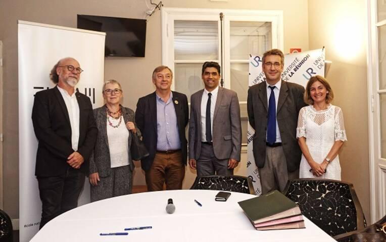 Signature d'une convention d'association entre l'École d'architecture de La Réunion et l'Université de La Réunion