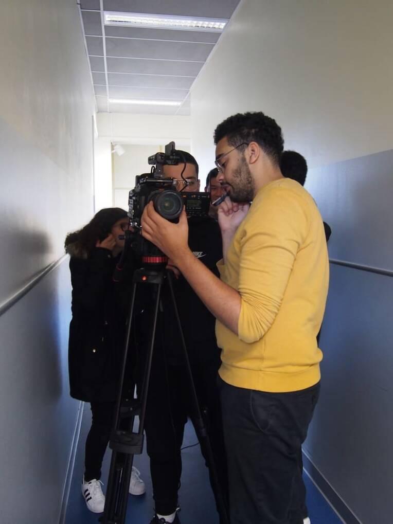 Lycéens derrière la caméra
