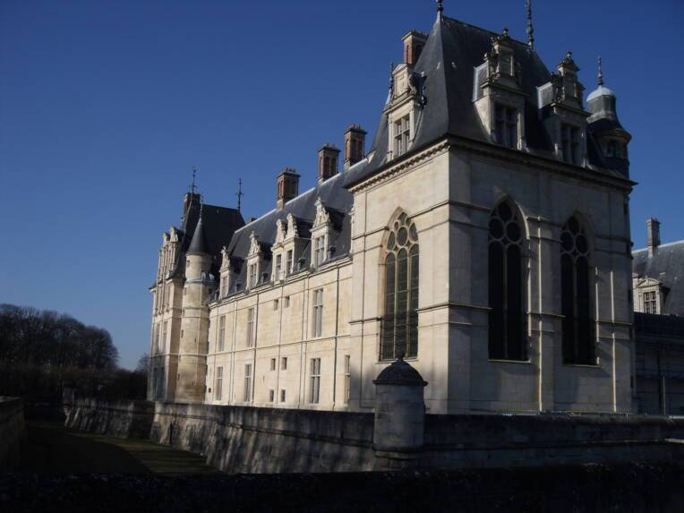 Château d'Ecouen - Après restauration des façades extérieures Est et Nord