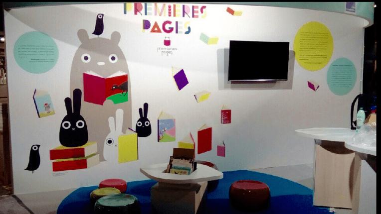 Photographie du stand du MCC au salon de Montreuil 2015