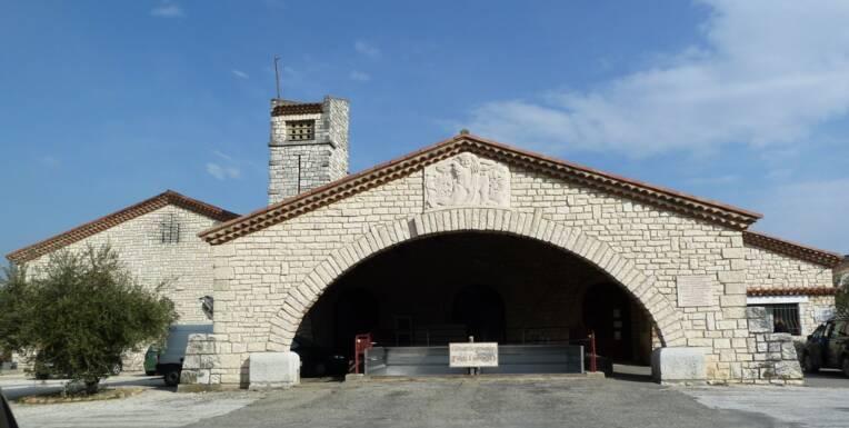 cave de Tavel dans le Gard