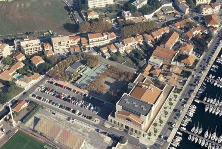 Ecole maternelle de Ferrières - Martigues, vue aérienne