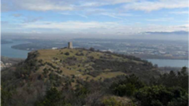 Vue aérienne du site de Soyons (Ardèche) Crédit J-C Courtial