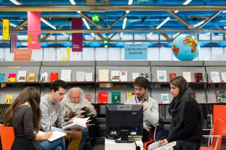Livre, lecture et politiques de démocratisation culturelle