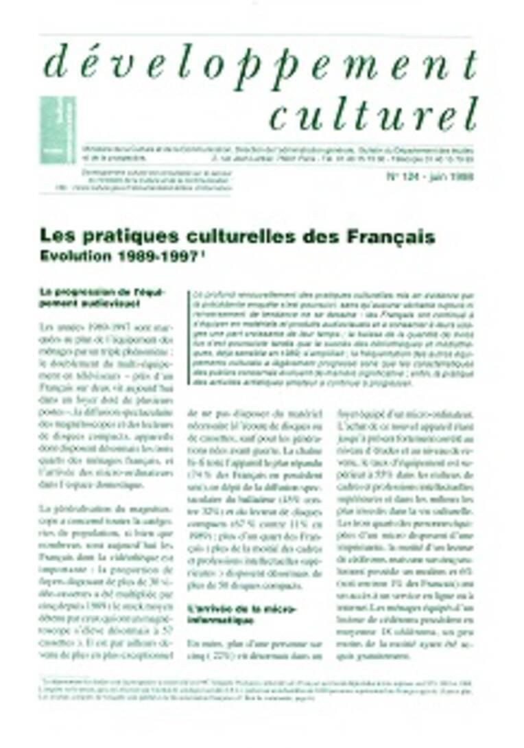 """La collection du bulletin d'information """"Développement culturel"""" (1969-2006)"""