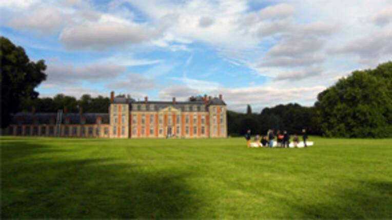 Vue du parc et du chateau de Chamarande, Essonne