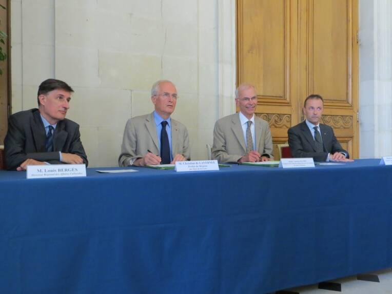 Signature d'une charte pour le développement du mécénat culturel avec les notaires de Loire-Atlantique