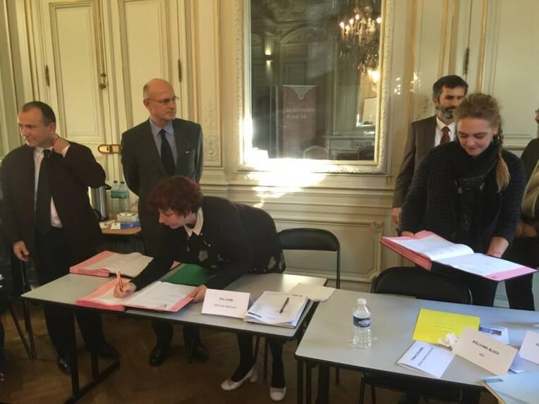 Signature de la convention régionale de prévention pour la lutte contre le travail illégal dans le cinéma, l'audiovisuel et le spectacle vivant en Languedoc-Roussillon.