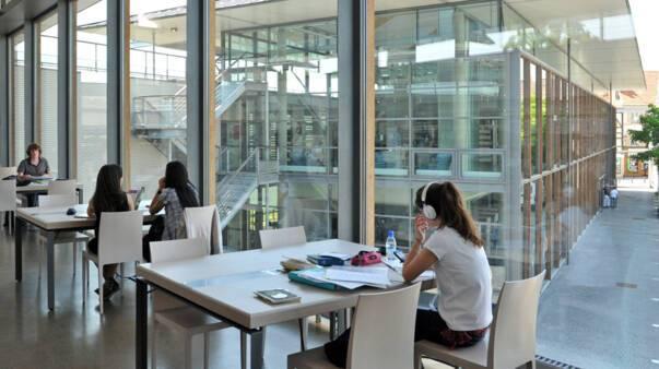 Bibliothèque Pompidou - Châlons-en-Champagne. Photo Christophe Manquillet. Ville de Châlons-en-Champagne