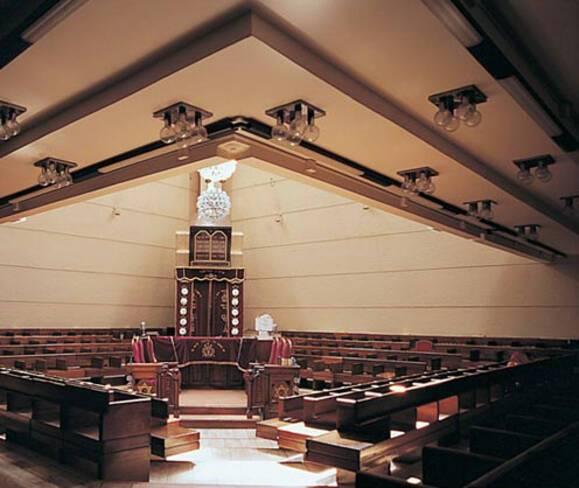 Synagogue Tiferet Israël - Marseille, vue intérieure du lieu de culte
