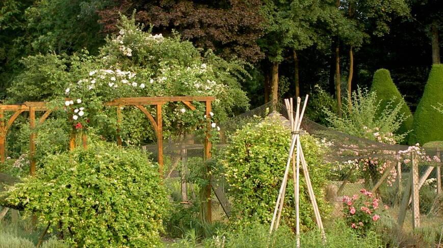 Aisne, Bosmont-sur-Serre, les jardins de Bosmont