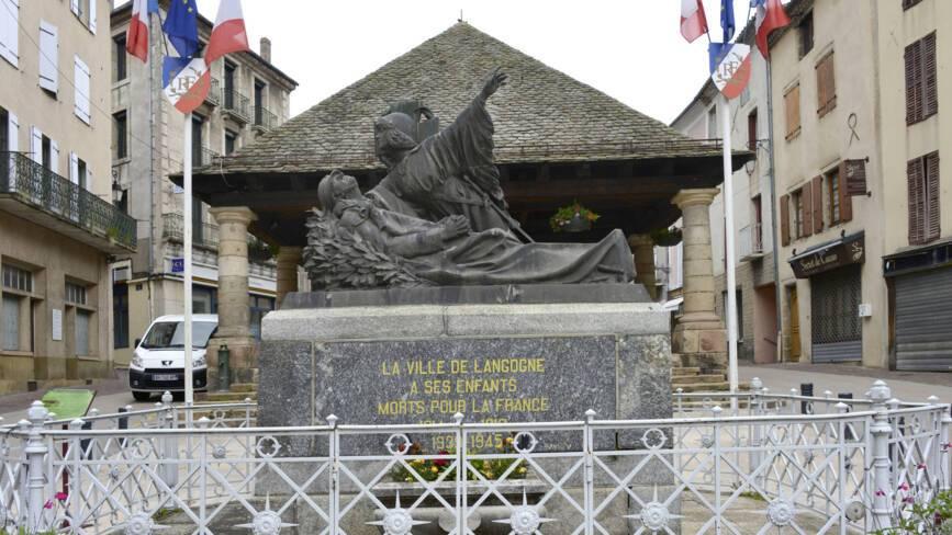 Monument aux morts de Langogne (48)