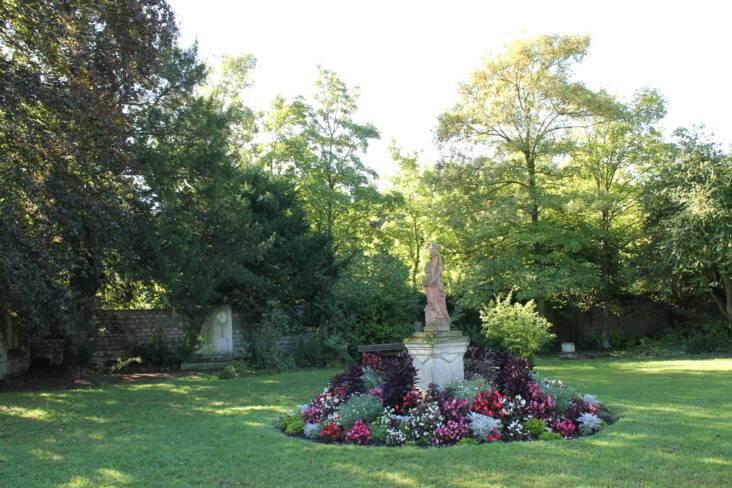 Oise, Creil, jardin du musée Gallé-Juillet