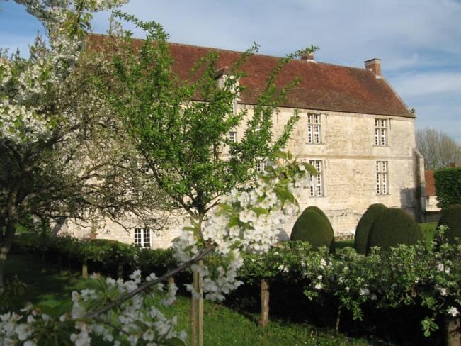 Oise, Neuilly-sous-Clermont, Les jardins de la Commanderie