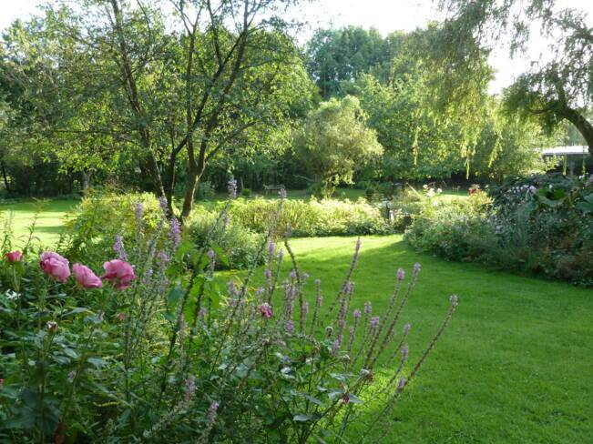 Oise, Saint-Arnoult, le jardin du prieuré