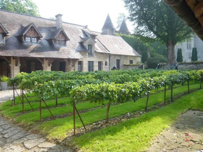 Oise, Vez, jardin du donjon