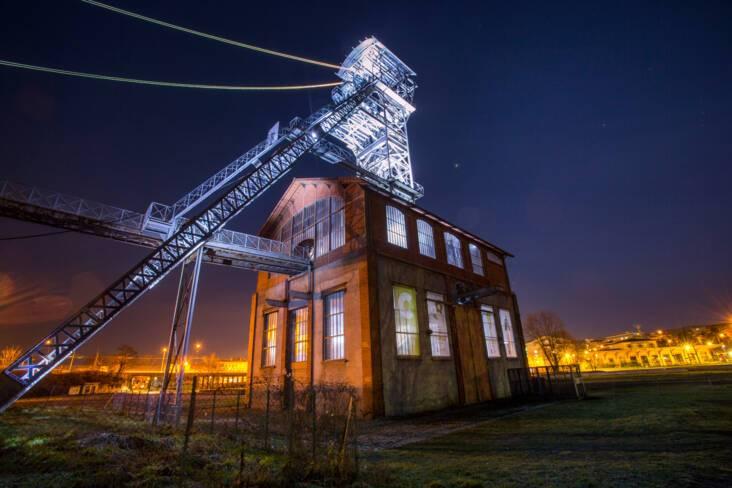 Parc-musée de la mine Saint-Etienne - Chevalement de nuit
