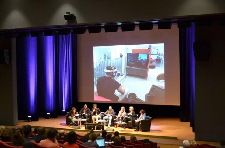 Table ronde sur la réalité virtuelle et la réalité augmentée en bibliothèque