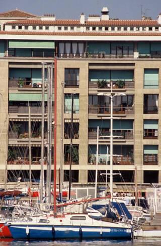Immeubles du quai du port - Marseille, bloc est, façade sur quai, vue rapprochée