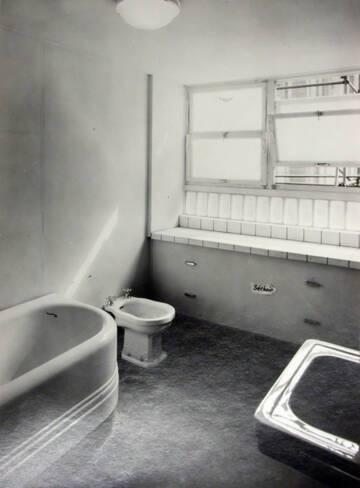 Salle de bains agencée par de Mailly
