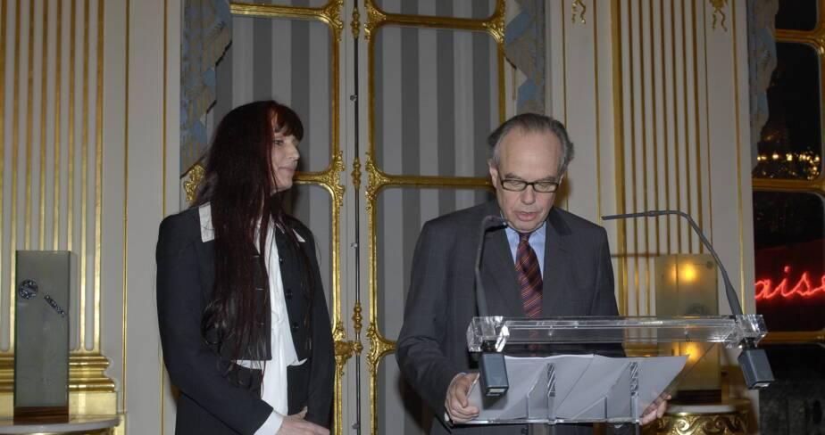 Frédéric Mitterrand en compagnie de Aline Bonetto
