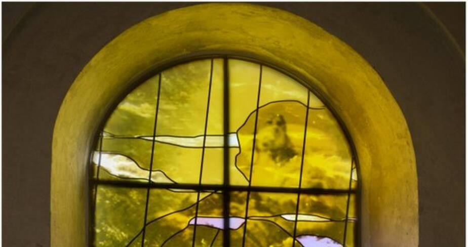 Les pèlerins d'Emmaüs et l'attente de Marie au Cénacle (baie 112)