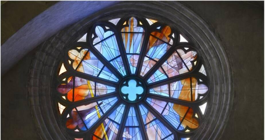 Une évocation du prologue de l'évangile de Jean (rose : baie 114)