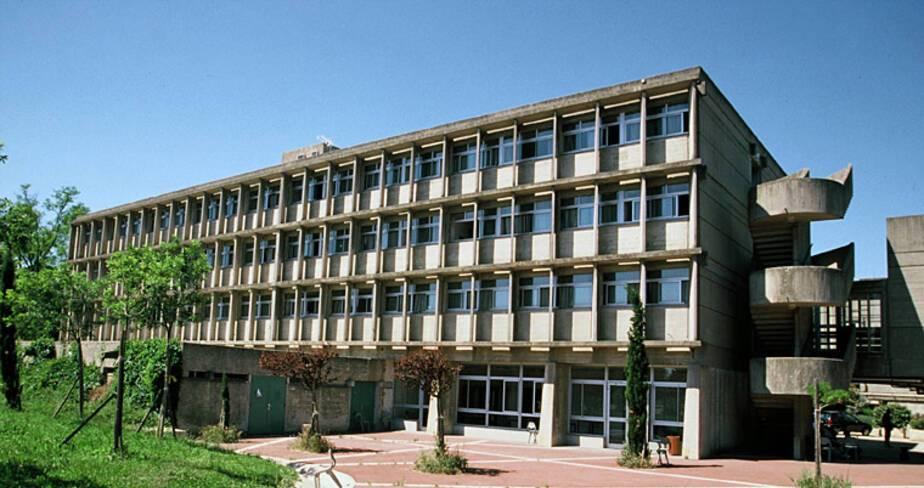 Lycée agricole François Pétrarque - Avignon, internat des petits, façade est