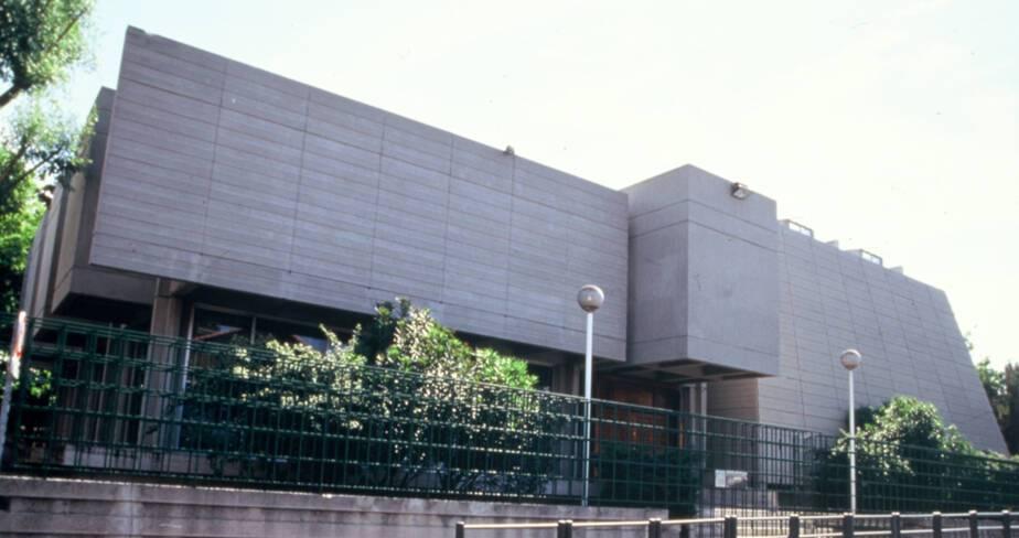 Synagogue Tiferet Israël - Marseille, vue d'ensemble prise du boulevard