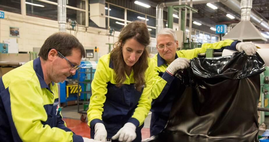 Sara Masüger en résidence d'artiste dans l'entreprise Michelin à Cébazat