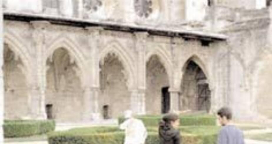 23- Soissons, l'abbaye Saint-Jean des Vignes (Aisne), 2002