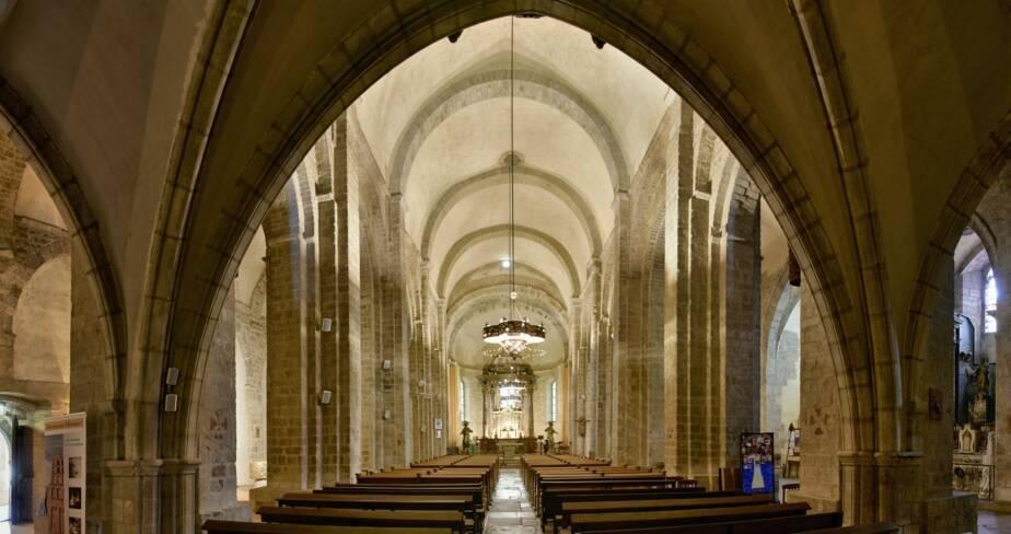 Anc. cathédrale Sainte-Eulalie-et-Sainte-Julie. Elne (66)