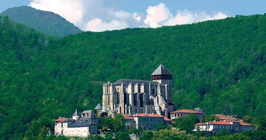 Anc. cathédrale Sainte-Marie. Saint-Bertrand-de-Comminges (31)