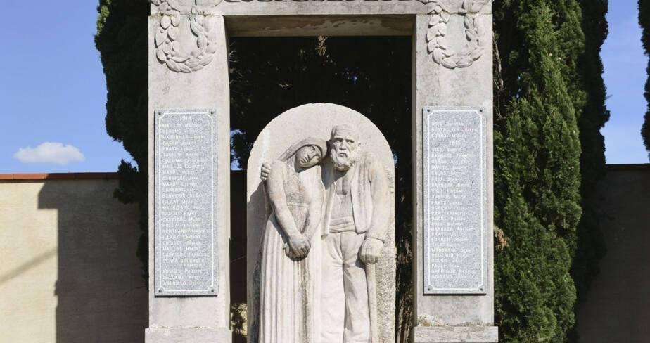 Monument aux morts de Estagel (66)