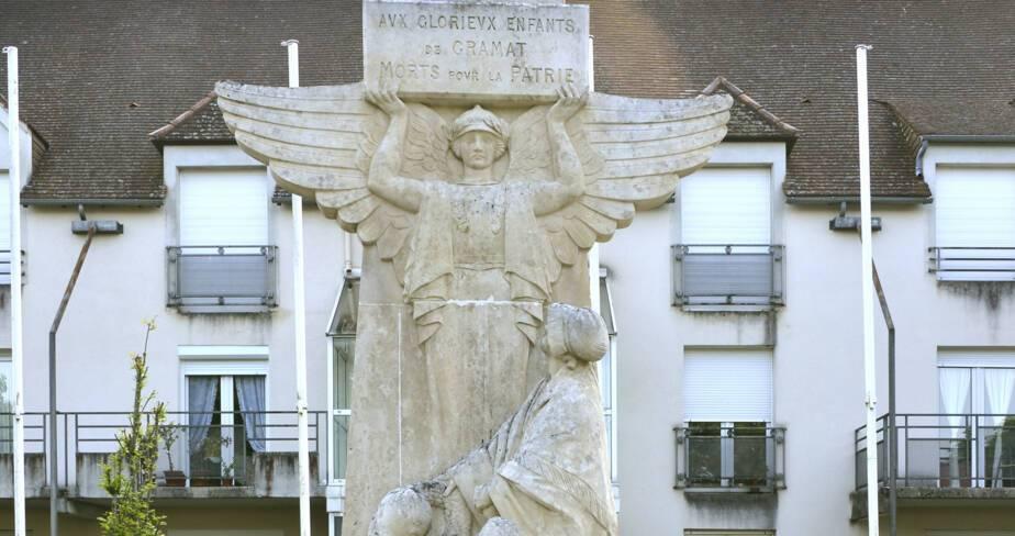 Monument aux morts de Gramat (46)