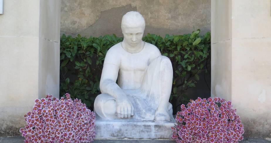 Monument aux morts de Ouveillan (11). Détail