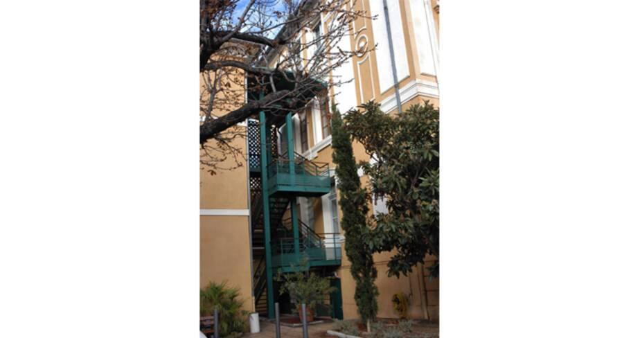 Escalier desservant les deux bâtiments
