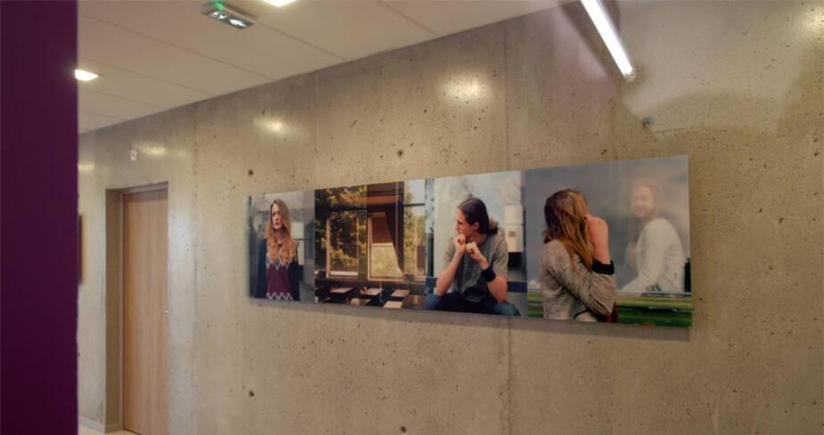 Eclaircie en hiver 2013 - 1% artistique Oeuvre d'Yveline Loiseur pour l' internat du Lycée Lumière à Lyon - étage 4